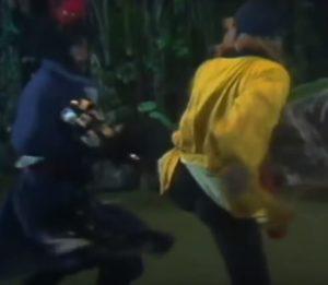 Sun Wukong kaepft mit dem Daemon Konig