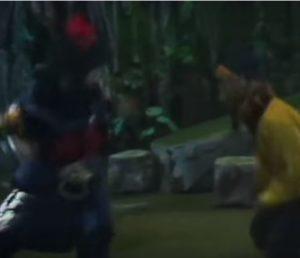 Sun Wukong kaepft mit dem Daemon Konig Zweimal