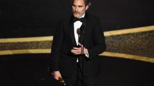 Joaquin Phoenix2C il discorso agli Oscar 2020 è per il fratello River morto overdose