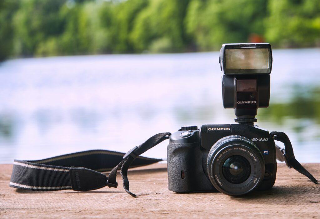 slr camera 5232473 1280